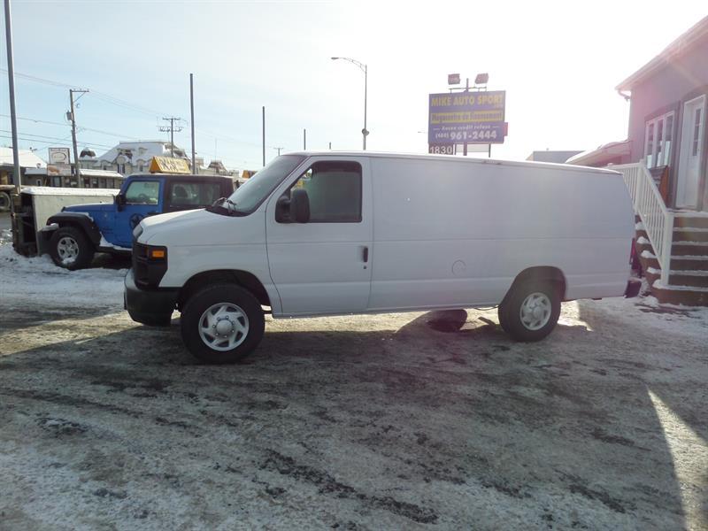 Ford Econoline Cargo Van 2009 E-250