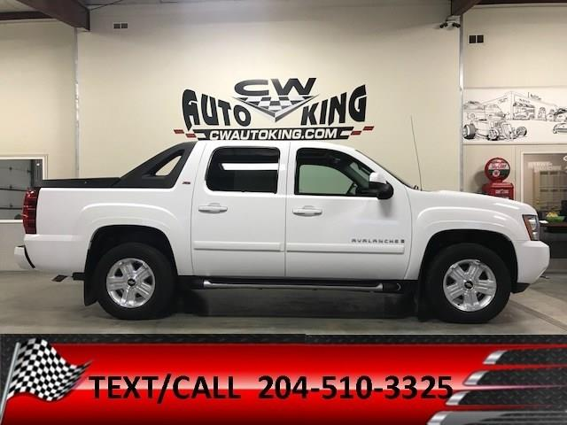 2009 Chevrolet Avalanche 1500 LT- Z71 / Leather/Roof/Rear Cam/Financing #20042321