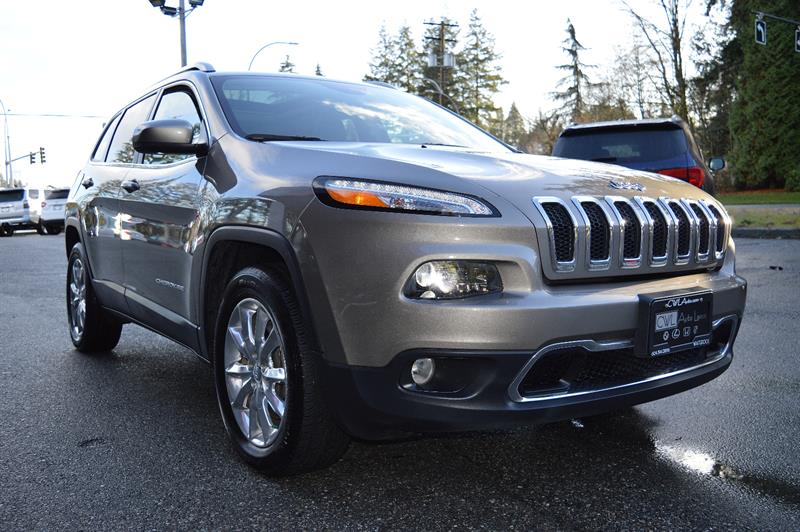 2016 Jeep Cherokee 4WD Limited *LOADED* #CWL8832M