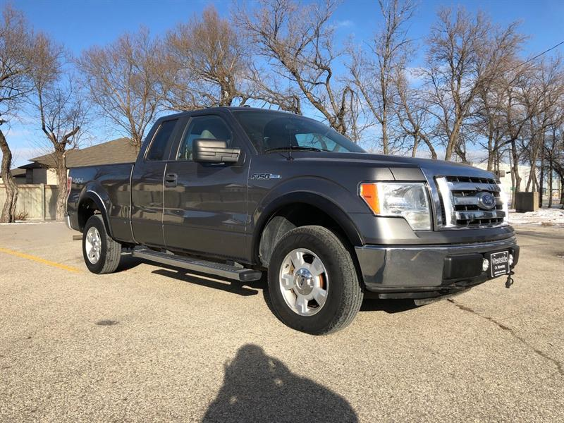 2010 Ford F-150 XLT Nice Tires/Remote Start/Fog Lights/Tow Package #9791.0