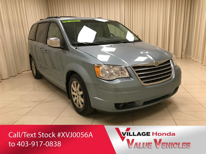 2008 Chrysler Town - Country