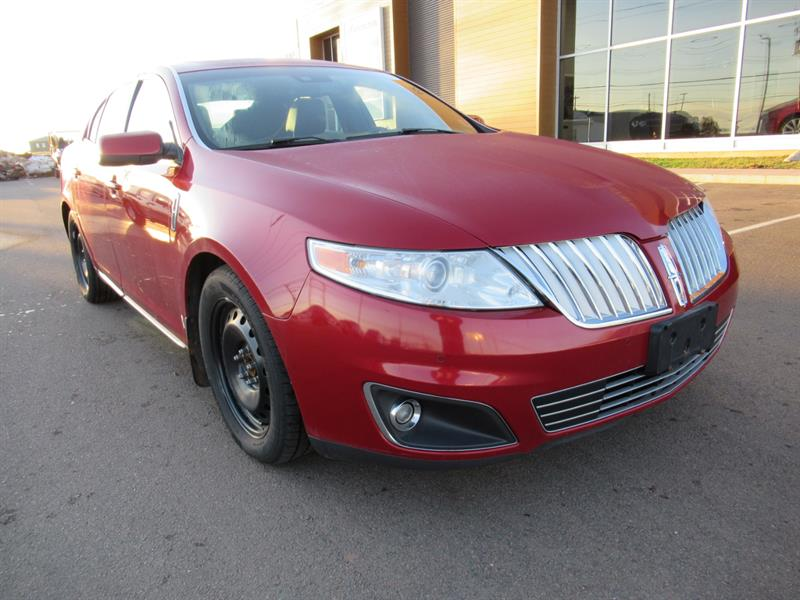 2009 Lincoln MKS AWD | Leather | Sunroof #U655