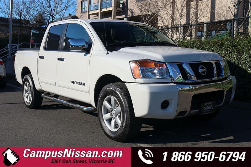 2010 Nissan Titan | SE Crew Cab | 4WD w/ Tow Package #8-U299A