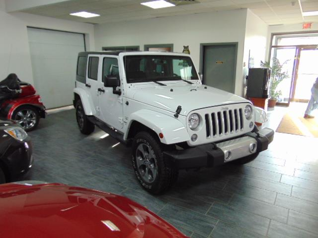 Jeep Wrangler JK Unlimited 2018 Sahara  #JL801764