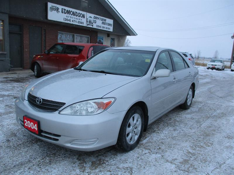 2004 Toyota Camry LE #5951