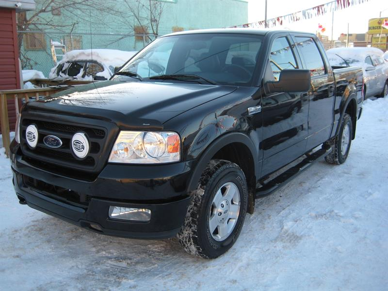 2004 Ford F-150 SuperCrew 139 4WD #A82990