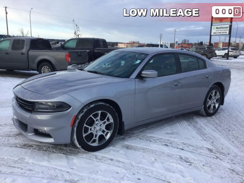 2017 Dodge Charger SXT AWD #M505377