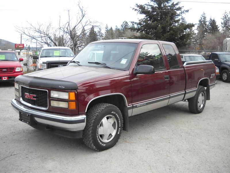1998 GMC Sierra 1500 Z71 XCAB 4X4 LOW KMS #N0084