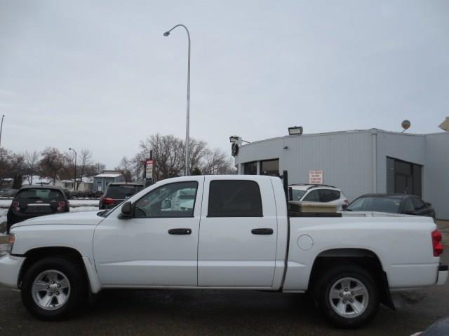 2011 Dodge Dakota SXT CREW - LOW KMS #3913