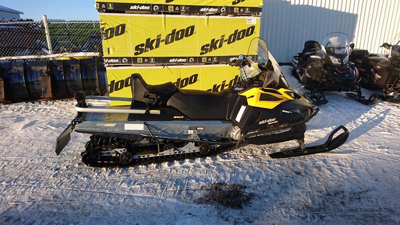 Ski-Doo skandic SWT 900 ace 2015
