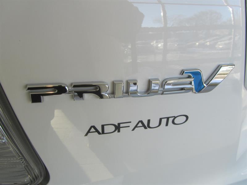 toyota Prius V 2014 - 14