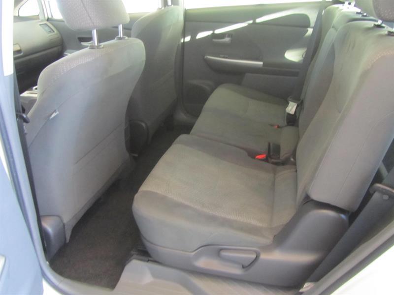 toyota Prius V 2014 - 18