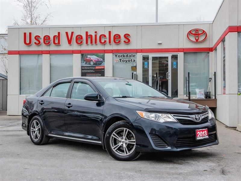 2013 Toyota Camry LE   Alloys   R.Cam   B.Tooth   Keyless #P7647