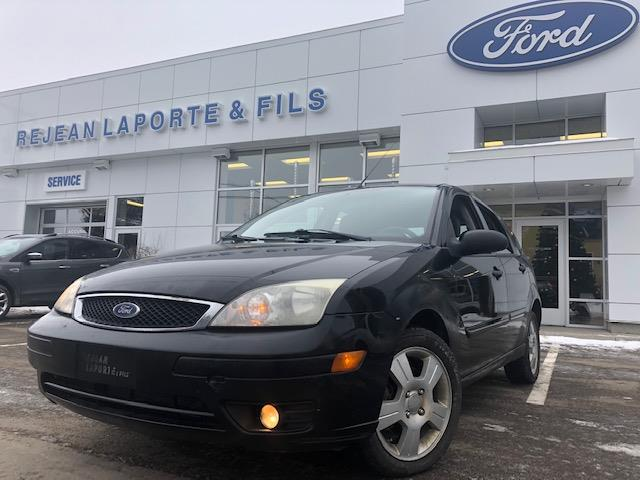 Ford Focus 2006 ZX5 SES #18003B