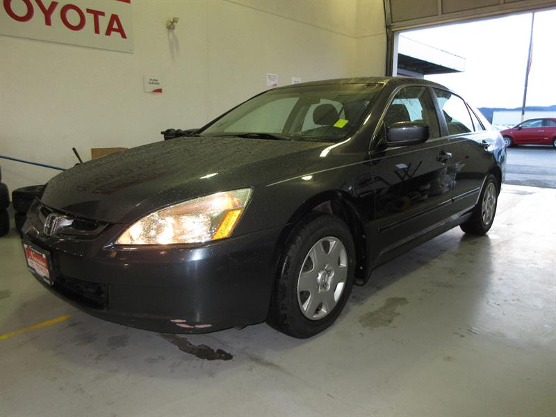 2005 Honda Accord Sedan LX 5-Speed Manual #20463B