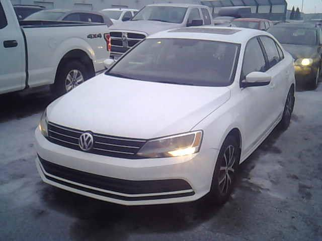Volkswagen Jetta 2015  SUNROOF-BACK UP CAMERA $39 SEMAINE #S2158