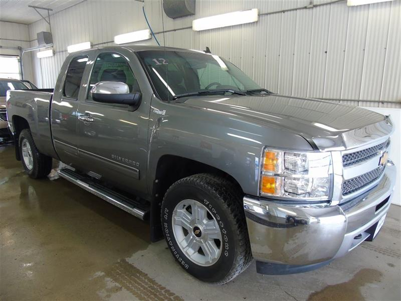 2012 Chevrolet Silverado 1500 LT Z71, 6 Tube Steps, Bluetooth #18-063A