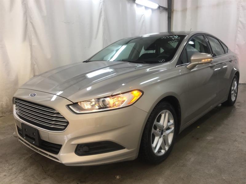 2016 Ford Fusion SE #23614