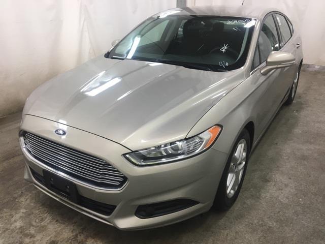 2015 Ford Fusion SE #23677