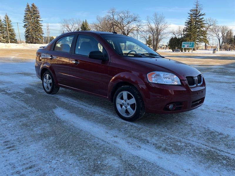 2010 Pontiac G3 SE Sunroof/ Alloy Wheels/ Spolier! Only 126 000km!