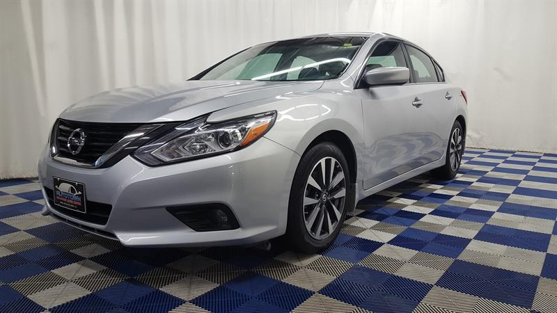 2017 Nissan Altima BLUETOOTH/ALLOY RIMS #J17NA56051