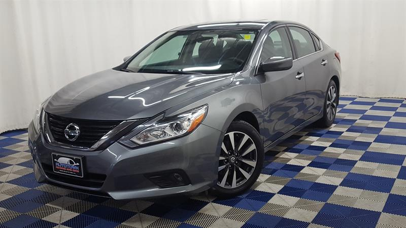 2017 Nissan Altima 2.5/ BLUETOOTH/ HEATED SEATS #J17NA56660