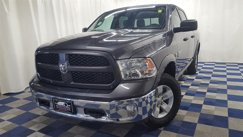 2018 Ram 1500 SLT OUTDOORSMAN/BLUETOOTH/ LOW KMS #J18R167144