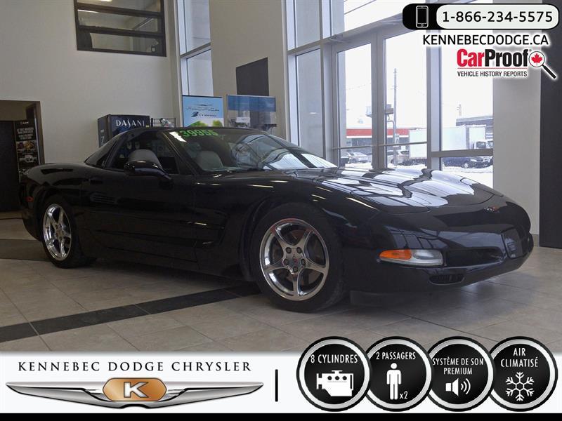 Chevrolet Corvette 2002 2dr Cpe #38951b