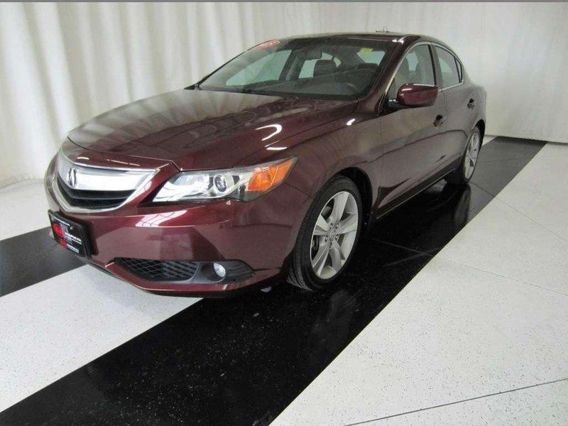 2015 Acura ILX Premium Package *Bluetooth/Backup Camera/Leather!* #15AI00168