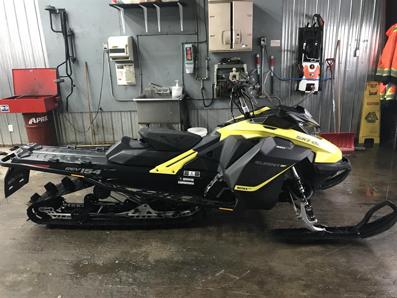 2017 Skidoo Summit SP 850