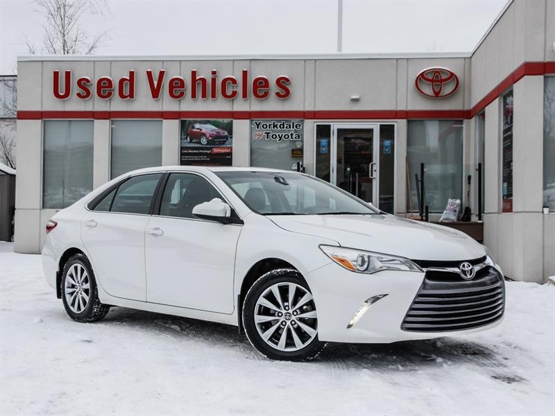 2015 Toyota Camry XLE   Navi   Leather   Sunroof   Alloys #P7773