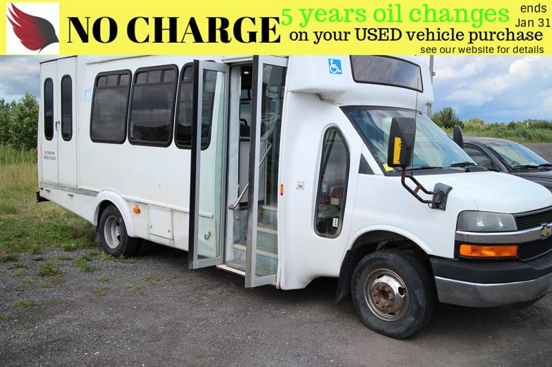 2010 Chevrolet Express 4500 SERIES*8 PASS*POWER WHEEL CHAIR LIFT #7097