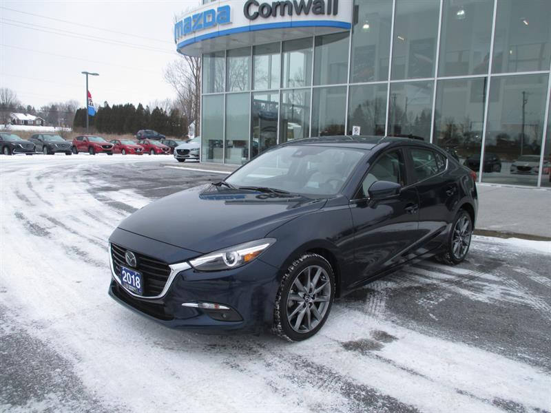 2018 Mazda mazda3 GT #18-856A