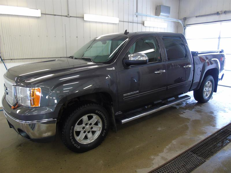 2010 GMC Sierra 1500 SLE Z71, Remote Start, Bluetooth #18-240A
