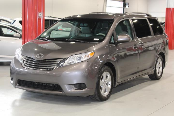 Toyota Sienna 2013 LE 4D Wagon 8 Pass FWD #0000001276