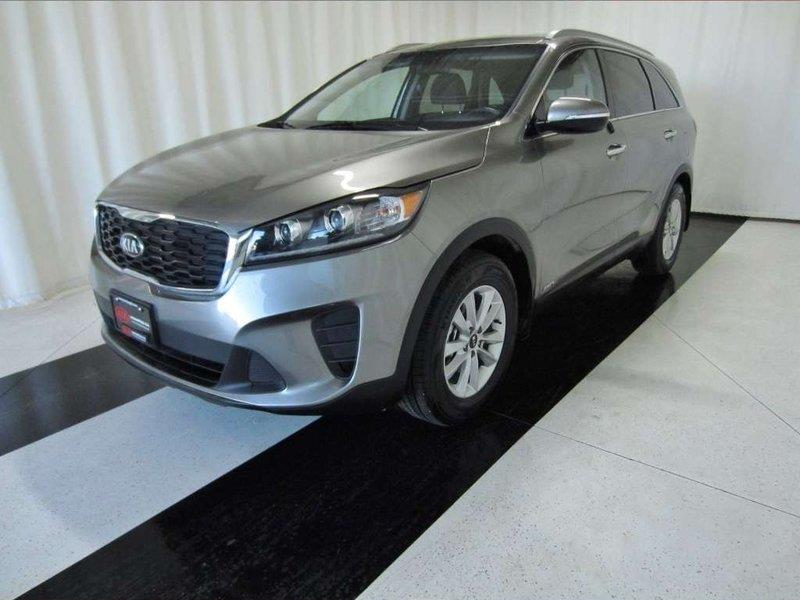 2019 Kia Sorento LX, AWD, Heated Seats, Heated Steering Wheel #19KS56681
