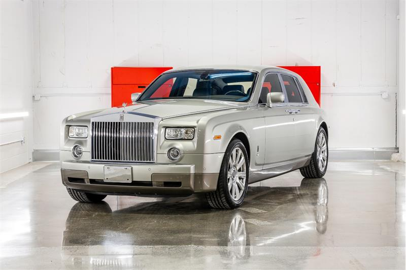 Rolls-Royce Phantom 2004 ABSOLUTELY SUPERB!