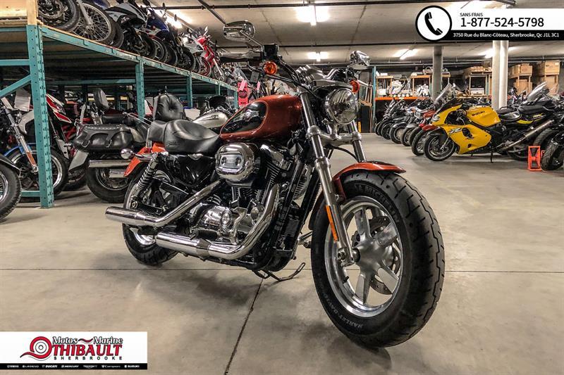 Harley Davidson Sportster XL 1200C Custom 2011