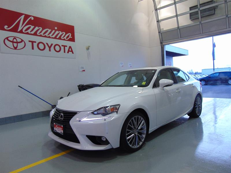 2015 Lexus IS 250 AWD WITH NAVIGATION #20565A