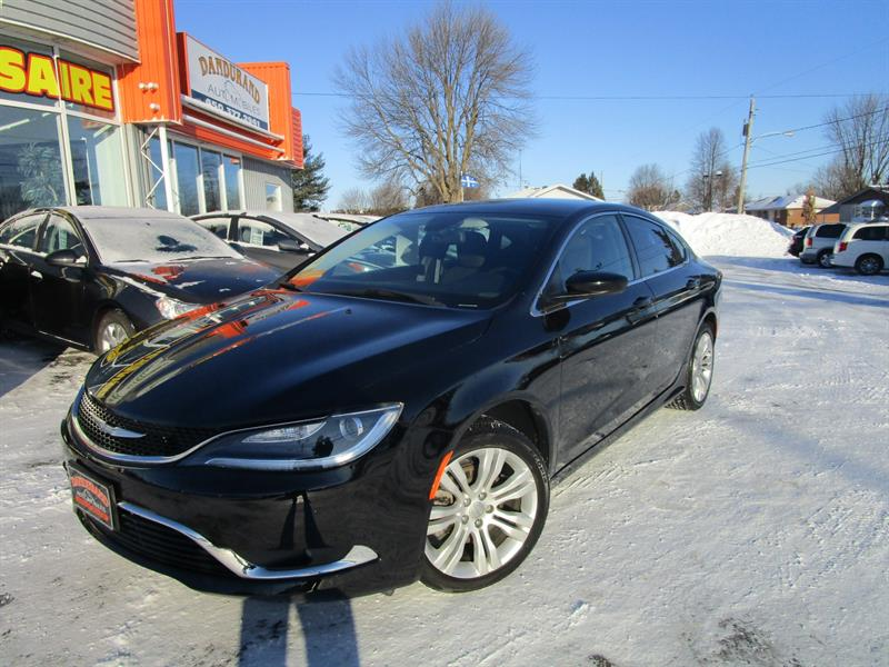 2016 Chrysler 200 4dr Sdn Limited FWD #2436a