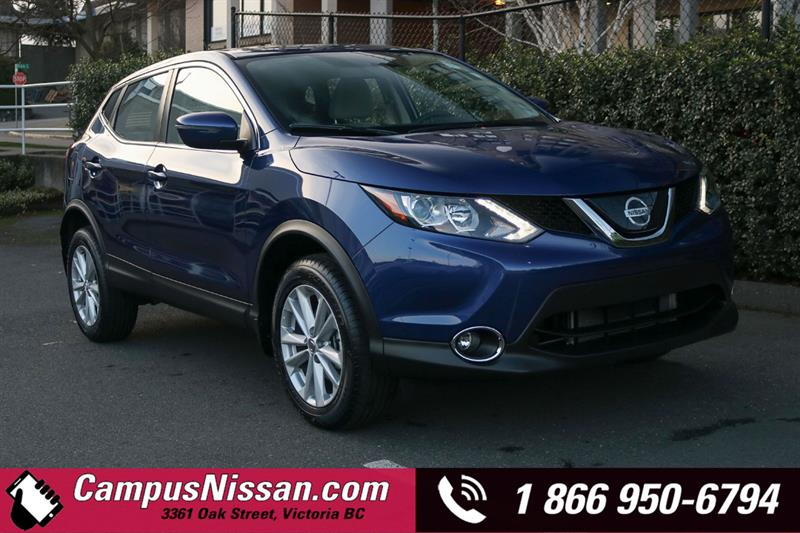 2018 Nissan Qashqai SV FWD w/ Moonroof Package #D8-X801
