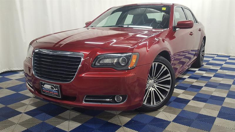 2013 Chrysler 300 S/LEATHER/HTD SEATS/PANO SUNROOF/U CONNECT #11BX96094A