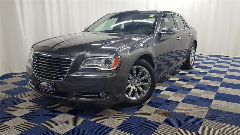 2013 Chrysler 300 C HEMI!/LOCAL TRADE AND LOADED! #13C356783