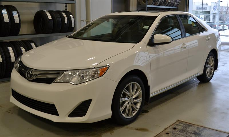2014 Toyota Camry LE #P1268