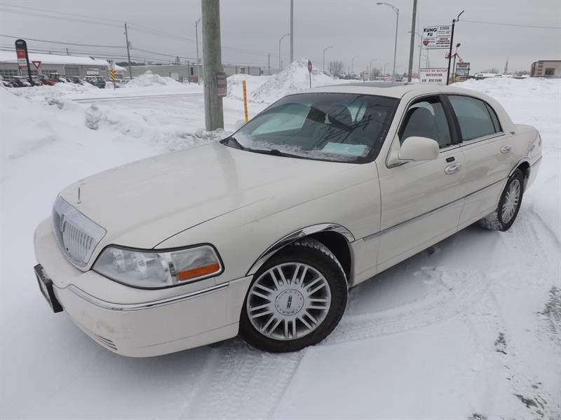 Lincoln Town Car 2007 Signature Limited #632847