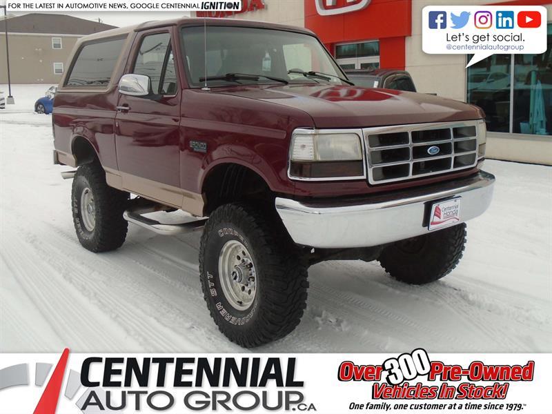 1996 Ford Bronco XLT | 4WD #U1851A