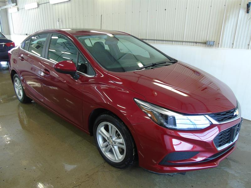 2018 Chevrolet Cruze LT, Sunroof, USB, Heated Front Seats #K-001A