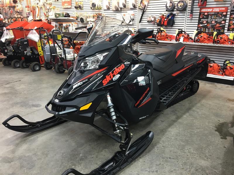 Ski-Doo Renegade Adrenalie 900 Ace 2015