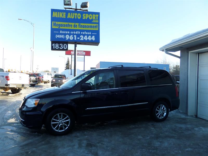 Dodge Grand Caravan 2011 town and country
