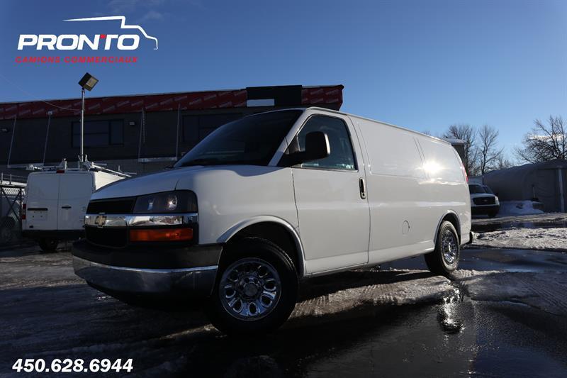 Chevrolet Express Cargo Van 2010 1500 ** Voir équipement! **  #1763